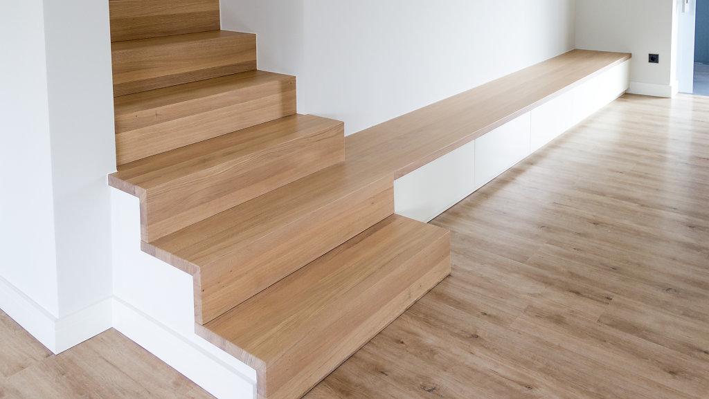 Treppe-Sitzbank